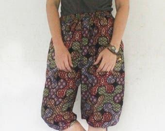 3/4 Hand made  Thai traditional print blue and white   tone , Thai batik  harem  pants and elastic waist,spa, yoga,hippie pants.