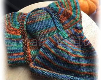 Samhain Skies Vertebrae Cardigan and Hat Set on Gaia Worsted Merino Wool - Size 3-6 Months