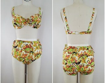 Vintage 1960s Bikini / Floral Print Swimsuit / 2 Piece 60s Swimsuit / 34C