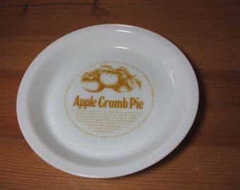Pyrex Corning Milk Glass Pie Plate with Apple Crumb Pie Recipe, Retro Kitchen, Baking, 1970s