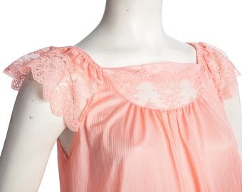 Vintage peach pink nightgown with lace trim -- vintage sleeping dress lace sleeves -- size medium / large / xl