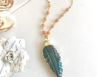Gemstone Leaf Necklace. Peach Turquoise Layering Necklace. Long Stone Feather Necklace. Beaded Necklace. Jewelry. Boho Jewelry.