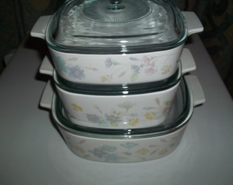 Corning Ware Set of 3- 1  & 1 1/2, and 2 Quart Pastel Bouquet Baking Dishes w/Pyrex Lids