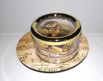 Pachelbel's Canon - Carousel Music Box by Odyssey