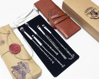 FREE SHIPPING - Harry Potter Hogwarts inspired wand Makeup Brushes Brush Set (Brush Roll & Option)