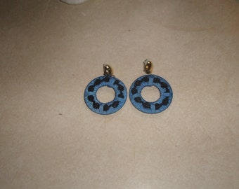 vintage clip on earrings blue black fabric hoops dangles