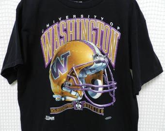 vintage Washington Huskies Salem T Shirt Mens Large Purple and Gold UW sports Helmet logo tee 90s Don James spell out excellent conditon