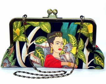 Frida Kahlo Clutch - Red, green, beige, yellow and teal - Monkeys - Brass kisslock frame with chain