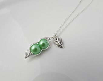 Pea Pod Necklace, Green Pea Pod, Girl Gift, UK Seller, Bridesmaid Gifts, Two Peas in a Pod, Twin Gifts, BFF Gift, Mom Daughter Gifts, BFF