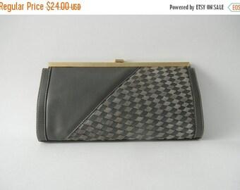 20% OFF Vintage Purse, Vintage Clutch, Grey Leather Clutch, Bugatti Purse, Gray Pocketbook, Grey Leather Purse, 1980 Leather Clutch, Vintage