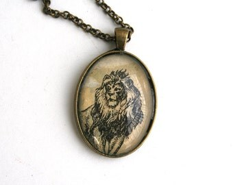 Animal lover gift. Vintage animal print. Upcycled gift. Nature art jewlery. Wildlife art gift.  Lion jewelry.  Lion art necklace. Leo gift.