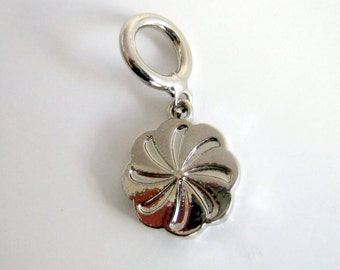 Silver Tone flower Charm, 15mm, Jewelry Supplies