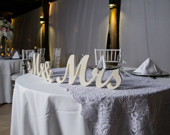 Wooden signs WeddingGlitter mr and mrs table signs.Self Standing Mr and Mrs wedding signs. Wedding Wooden Signs. Wedd mrs and mr, mr & mrs