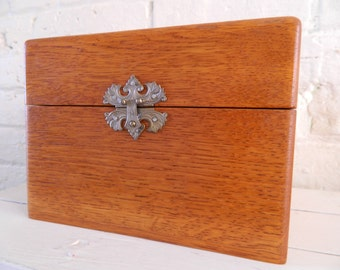 Vintage Wooden Cigar Box - Decorative