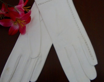 Leather Gloves White Ladies Vintage Gloves Soft Italian Leather Gloves Size 7