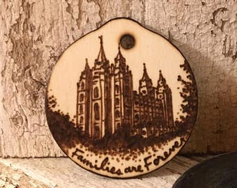 LDS Temple Christmas Ornament, Rustic Wooden Holiday Ornament, Gifts under 20, Custom Families are Forever Gifts for Her Mom Dad Grandparent