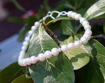 White Freshwater Pearl and Sterling Silver Bracelet