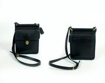 Vintage Coach Small Black Leather Willis Murphy Turnlock Crossbody Bag