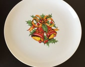 Set of 6 Vintage Holly & Ivy Bell Holiday Dinner Plates - FREE SHIPPING!