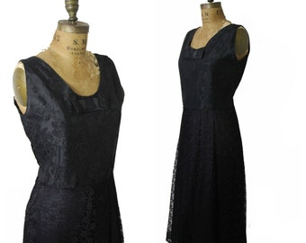 "1950s Black Floral and Lace Dress, 33"" Waist"
