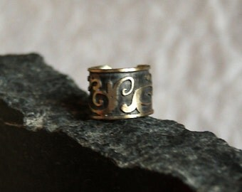 Curly - Etched Nickel Silver Ear Cuff  with Scroll Motif