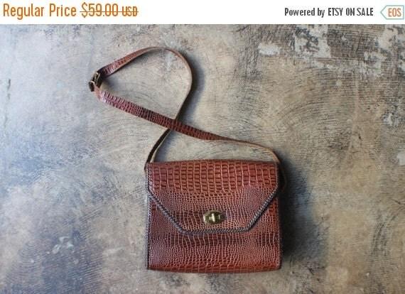 SALE Glossy Lizard Skin Purse / Vintage Rich Brown Handbag / Women's Accessory