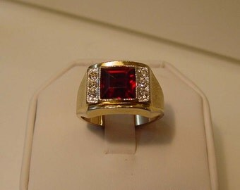 Mid Century Clark & Coombs Ruby and Diamante Mens Dinner Ring size 11