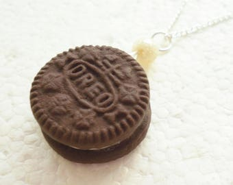 Oreo Cookie Pendant. Polymer Clay.