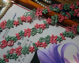 3/4 inch wide floral lace trim selling by the yard