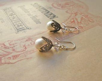 Fair Maiden pearl earrings
