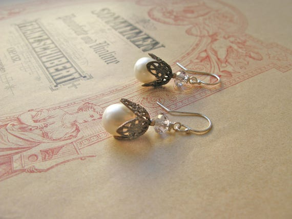 Fair Maiden pearl earring...