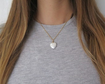Graduation Gift Her, White and Gold Necklace, Heart Gem Pendant, Pearl Heart Pendant Necklace, Freshwater Pearl Necklace, Minimalist Pearl