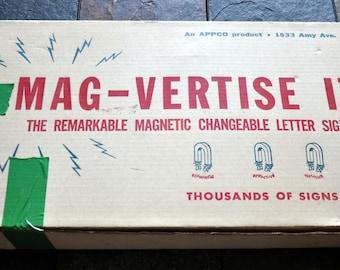 "RARE Vintage ""Mag-Vertise It!"" Magnetic Sign Kit 1940 -50's"