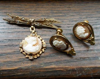 Small cameo brooch and earrings with sea pearls
