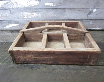 Very Rustic Vintage Wooden Divided Parts Bin Box VTG Organizer Sorting Beads Jewelry Charms Craft Room Wooden Tray Tool Box Display Shelf