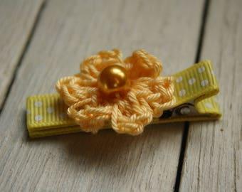 Crochet Flower Alligator Hair Clip in Sunshine Yellow