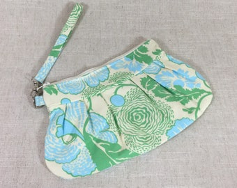 Green and Blue Floral Clutch | Flower Wristlet | Pleated Clutch | Dinner Clutch | Spring Clutch | Spring Wedding Wristlet | READY TO SHIP