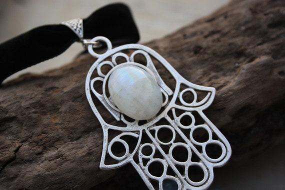 MOONSTONE HAMSA CHOKER -Chakra Necklace- Hand of Fathima- Statement Necklace- Choker- Christmas- Gift- Spiritual- Crystal- Chakra jewellery