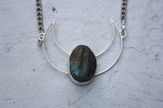 RAW LABRADORITE NECKLACE - Sterling Silver Necklace -Moon Jewellery- Labradorite Crystal- Crescent Moon- Chakra Jewellery- Moon Jewellery