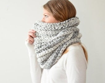 WINTER SALE the HICKORY cowl - chunky ribbed cowl scarf neckwarmer - white marble