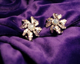 Vintage Signed JUDY LEE  Baby Blue  Rhinestone  and Faux Pearl Earrings.Clips. 1960's. A Collector's Treasure