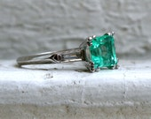Beautiful Vintage Platinum Baguette Diamond and Emerald Ring - 1.20ct.