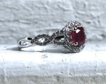 Beautiful Vintage 14K White Gold Diamond and Ruby Ring Halo Ring - 1.13ct.