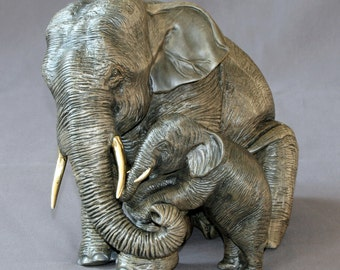 """Bronze ELEPHANT """"Elephant Mama and Baby"""" Figurine Statue Sculpture Art / Limited Edition Signed & Numbered / Gorgeous!"""