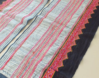 Handwoven batik  hemp, Hmong  Vintage textiles and fabric- table runner from Thailand