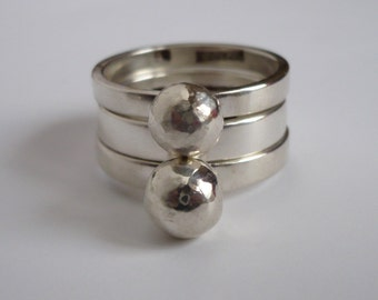 stacking ring with balls