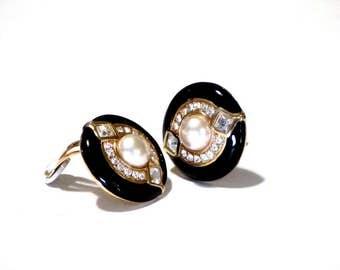 Swarovski Black Enamel Crystal Rhinestone Earrings Pearl Center Signed Swan 80s Clips Designer Jewelry