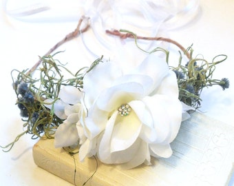 Bridal Flower Headpiece, White Rose Flower Crown, Natural Woodland Hairpiece, Wedding Headband, Floral Halo, Wedding Crown, Flower Tiara