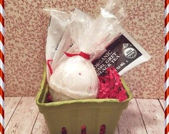 Bath BombTea Relax in a bath Gift Set Black Friday Cyber Monday Small Business Saturday