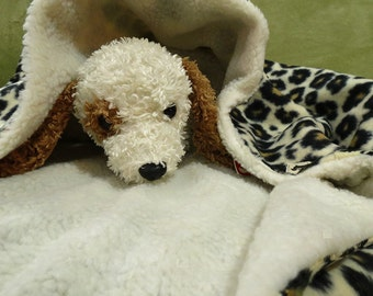 Dachshund Burrow Bed / Cheetah Print Fleece and Ivory Sherpa Lined Cuddle Sack Dog or Cat Bed / Sleeping Bag for Pets